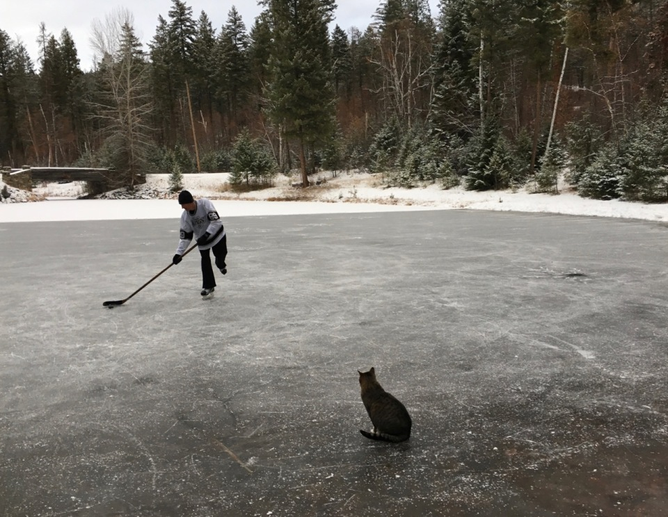 pond hockey - 1